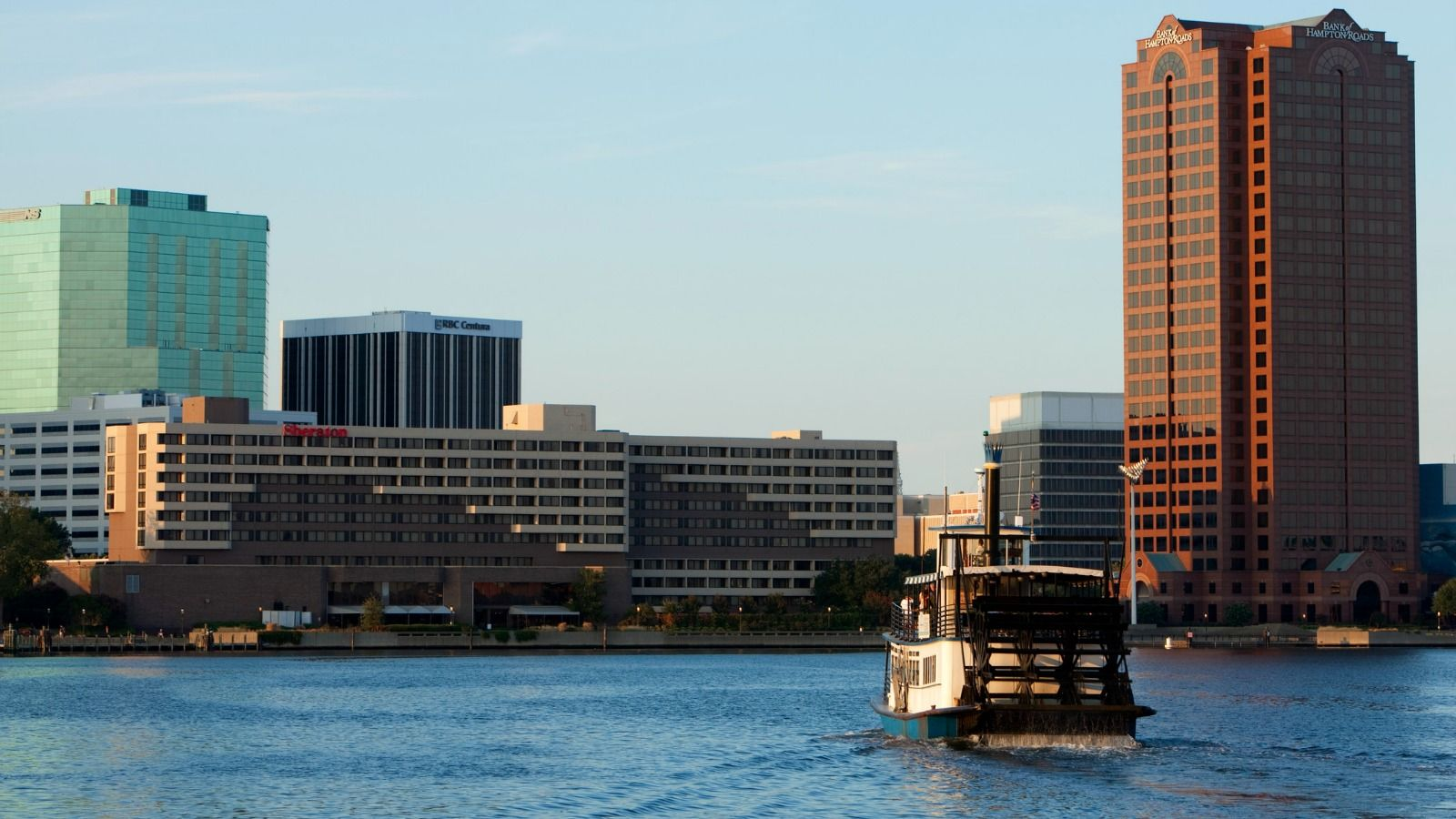 Sheraton Norfolk Waterside Hotel | Elizabeth River